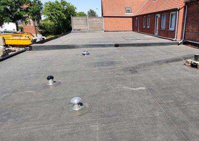 Plat dak grote Brogel